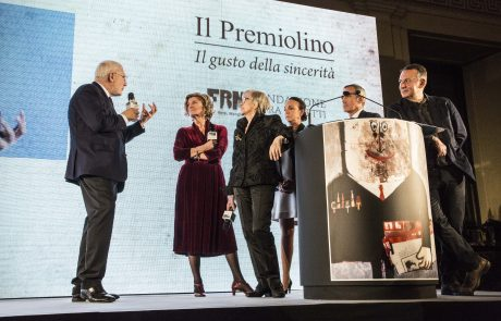 un momento della premiazione di Antonio Gnoli, con Natalia Aspesi