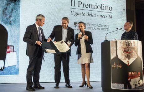 Alfredo Pratolongo (Vice Presidente Fondazione Birra Moretti e giurato), Francesco Zizola (premiato), Chiara Beria di Argentine e Piero Colaprico (giurati)
